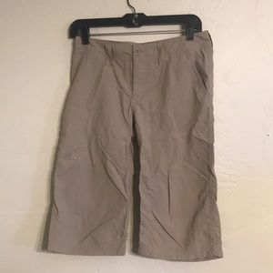 The North Face capris 4 (#240)